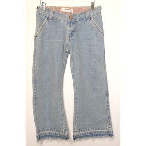 Levi's | Juniors 504 Slough Fray Crop Jeans Size 7